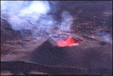 20051216104434-volcan-eruption0799-106.jpg